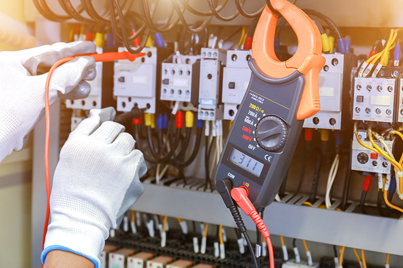 How To Become An Electrician in Ely Cambridgeshire